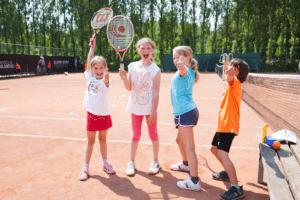 Vrolijke kids tenniskampen Amsterdam en Haarlem